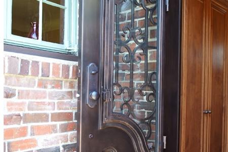 06_Door